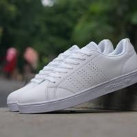 Sepatu sneakers casual adidas advantage full putih cewek cowok couple