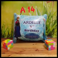 Bantal foto souvenir ulang tahun anak custom, bahan spon koper