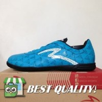DribbleShop Sepatu Futsal Specs Quark IN Cocktail Blue Black 400776 O