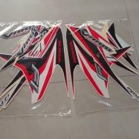 Stiker Bodi & Lis Body & Striping Vario 125 2014 Techno Putih Merah