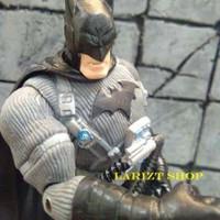 DC Comics Super Hero Batman Bulk Arkham Knight Figure