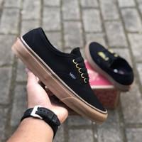 Sepatu Vans Authentic Black Gum Ring Gold waffle DT BNIB