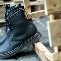 Sepatu pria boot dr.marten docmart 8 hole boots dokmar murah original