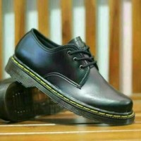 Sepatu Dr.Martens Docmart low boots murah casual pria