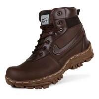 sepatu boot safety nike travis