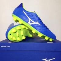NAO katalog terbaru Sepatu Bola Mizuno Rebula V3 Strong Blue P1GA18850
