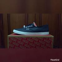 Sepatu VANS UA AUTHENTIC LO PRO Original Guarantee