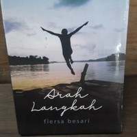 Buku novel arah langkah fiersa besari best seller