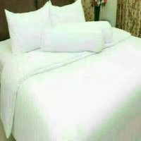 Bedcover Extra King Polos Rosewell Putih 200x200 cm