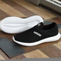 Sepatu Sport Adidas Slip On Slop Murah Casual Hitam Putih Tanpa Tali