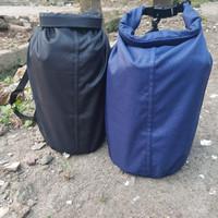 Drybag atau tas anti air 10 liter bahan taslan balon full sealer