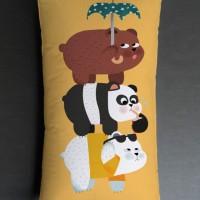 Bantal Sofa / bantal dekorasi We Bare Bears - We Bare Bears Activity