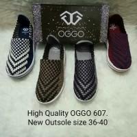Sepatu OGGO wedges rajut/anyaman tipe 607