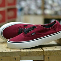 Sepatu vans authentic merah biru sepatu sneaker berkualitas tinggi