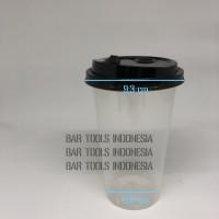 cup minuman ekslusif takeaway plastik dengan tutup flip hitam volume