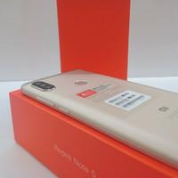 Xiaomi Redmi Note 5 4/64GB Gold n black