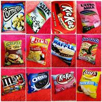 Bantal Tidur Kepala / Sofa Motif Hias Gambar Makanan Snack Ciki Unik