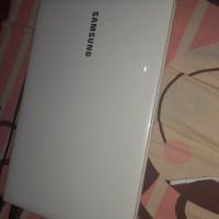 Laptop Samsung NP275E4V-X01ID