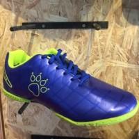 [Wintro_Shop] sepatu futsal KELME star 9 royal blue original new 2018
