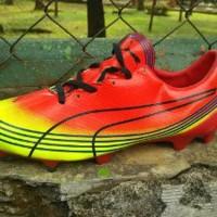 Sepatu Bola Puma Evospeed Merah-Stabilo list Hitam Grad Berkualitas
