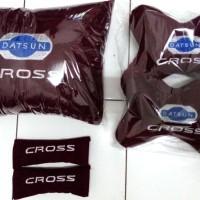 Bantal mobil Datsun Cross