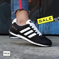 Sepatu Adidas ORIGINAL Neo City Racer Black White
