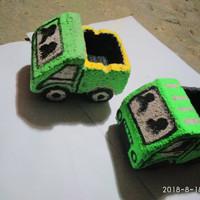 Kreasi asbak mobil truk unik dan lucu