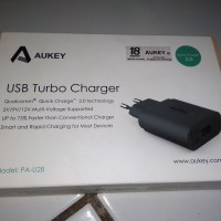 Aukey USB Charger PA-U28 Quick Charge 2.0