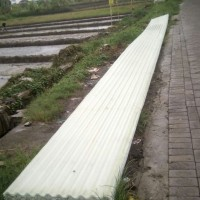 Atap Asbes atau atap gelombang bahan fiberglass