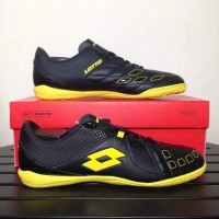 Baru Sepatu Futsal Lotto Squadra IN Black Sunshine L01040010 Original