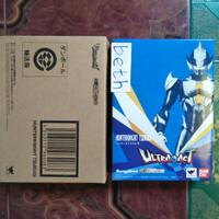 Ultra Act Hunter Knight Tsurugi Bandai Ultraman Hikari Mebius Series