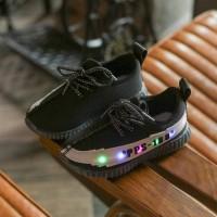 Sepatu walker anak import hitam tali model Adidas Yeezy ada lampu LED
