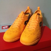 Sepatu Futsal Lotto Spark IN Beat Orange Black Original