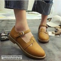 Vintage sepatu flat shoes slipon kets wanita retro korea mirip docmart