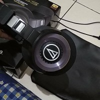 Audio Technica ATH WS1100iS Solid Bass HiRes Over-Ear Headphones MURAH