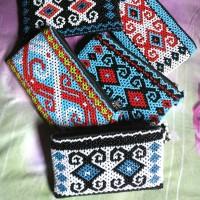 Dompet manik motif etnik kalimantan