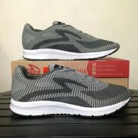 Sepatu Running Lari Specs Original Overdrive Ash Grey Gelap Grey Putih