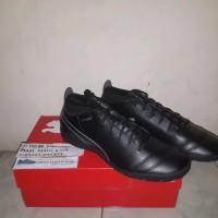 BEST MERK Sepatu Futsal Puma One 17 4 IT Black Black Silver Original