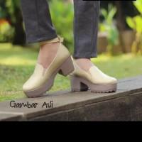 TAMIYA - Sepatu boot heel wanita docmart simple casual trendy