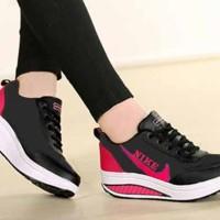 Sepatu Kets Wanita Casual SDS118