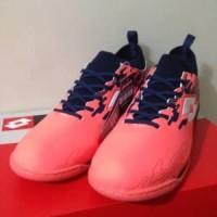 Sepatu Futsal Lotto Veloce IN Bright Peach L01040002 Or Berkualitas