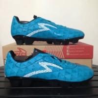 Sepatu Bola Specs Quark FG Cocktail Blue 100826 Origina Berkualitas