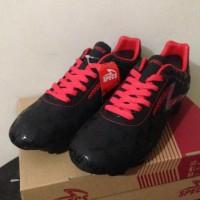 Trandy Sepatu Bola Specs Quark FG Black Emperor Red 100756 Original