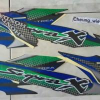 lis body/stiker/striping honda Supra X 100cc 2002 Hitam Hijau