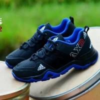 Sport Shoes Unisex Adidas AX2 Hitam LIst Biru Design Trendy Casual