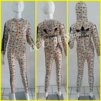 Stelan baju senam Adidas Hoodie motif