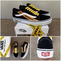 Sepatu Vans Oldskool Old Skool OFF WHITE WILLY Black White yellow