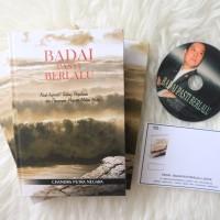 Buku Badai Pasti Berlalu dan TTD asli bapak CHANDRA PUTRA NEGARA
