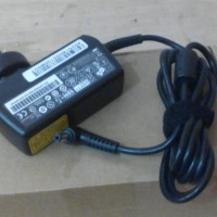 Charger Adaptor Laptop Acer Aspire One 10 inchi Acer One D270 AO722