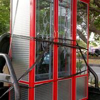 lemari pakaian dari aluminium 3 pintu